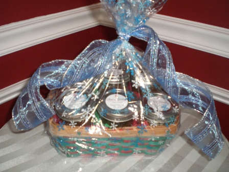 Basket of 6 Mommy Jars of Love-cupcake, gift, holiday, jar